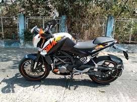 Ktm Duke 200 BS4 White Colour ready for sell