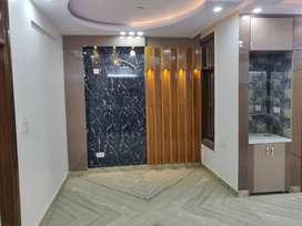 3 bhk builder floor with lift semi furnished floor in uttam nagar