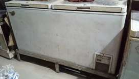 Double Door D-Freezer 400 litres