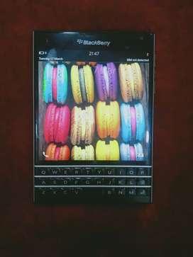 Blackberry Passport,  32gb Internal,  Scrathless  Condition