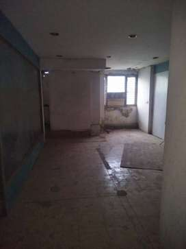 150 gaj commercial hall for rent near metro in 30000 RS only