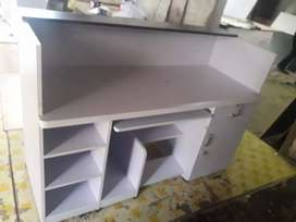 OFFICE FURNITURES.OFFICE TABLE .WOODEN. ANY MODEL SIZE.AVAILABLE.