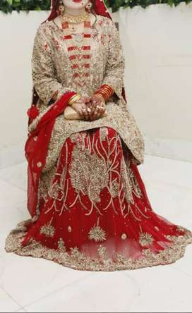Wedding Lehnga in perfect condion only one time use buy from Bandhan