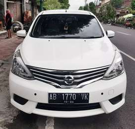 Nissan Grand Livina  2014 tng1 AB wrn favorit putih km 50ribuan