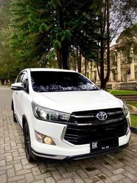 [Tipe Lengkap] Innova Venturer Diesel Automatic 2017 PUTIH