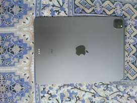 Ipad pro 11 inch 2020 128gb Wi-Fi variant A1 condition