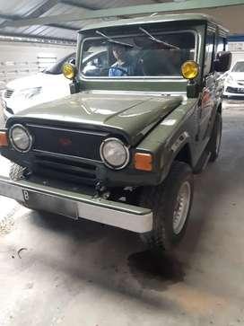 Daihatsu taft 4x4 1982  pakean pribadi,mobil kesayangan