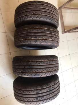 15inch tyres for sale (4 nos)