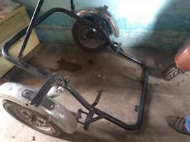 For physical handicap person connect triwheel part