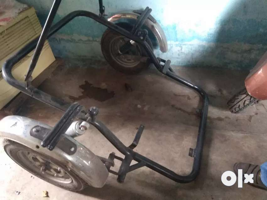 For physical handicap person connect triwheel part 0