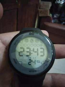 Jual jam tangan sport digital#NIKE**second masih fresh, sporty,keren