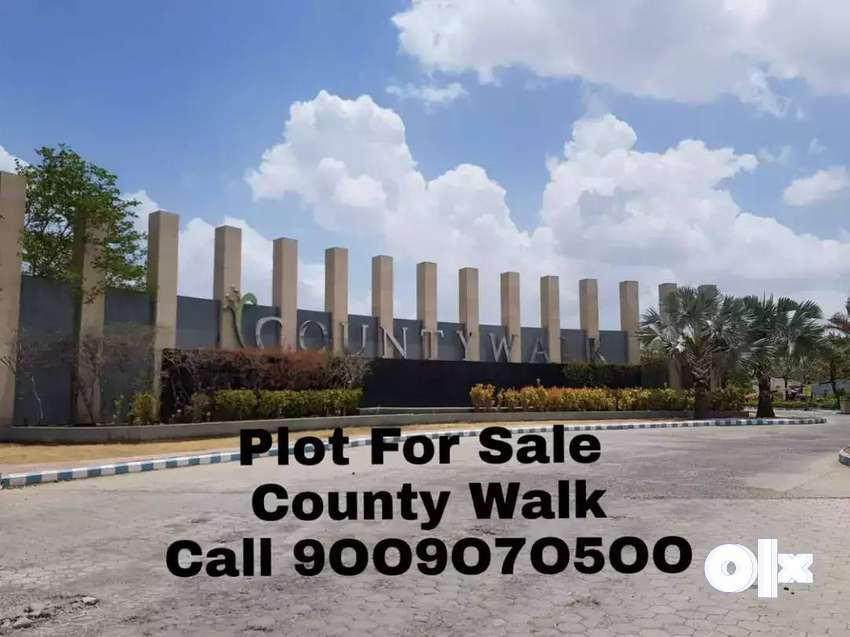 Corner Plot for sale Feel free to contact Mr Ansh 0