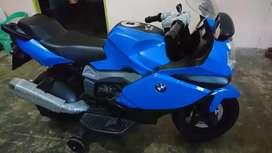 Motoran Aki Anak BMW