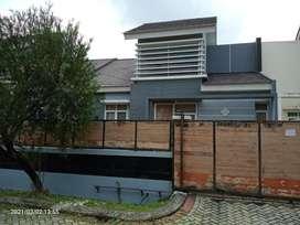 Rumah Real Estate Luas Siap Huni