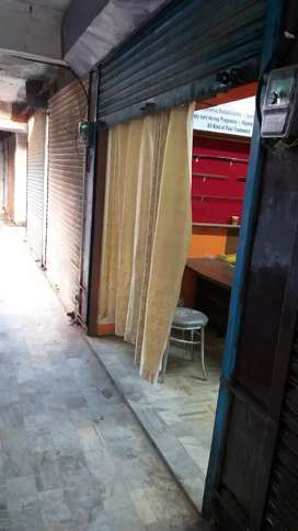 Prime location in Dandaiya Bazar, Aliganj.