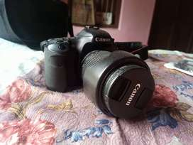 Very good condition Conon 7D with like new 18 135 lens