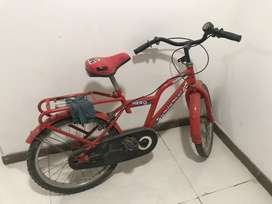 Bicycle for 8-9 year child, hero and gently used