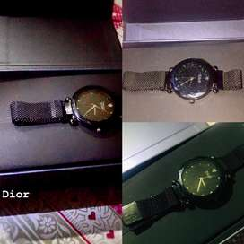 Dior Magnet Wrist Watches