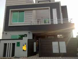 08 Marla Brand New Full House For Rent in Bahria Orchard Lahore