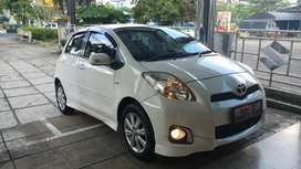 Yaris 1.5 S limited 2013 a/t