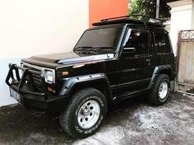 Taft GT 4x4 th 1995 asli Bali hitam body kaleng istimewa