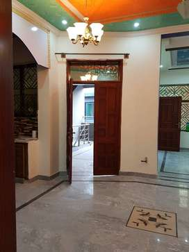 Royal ave 2 bed G.floor 5M rent.25000