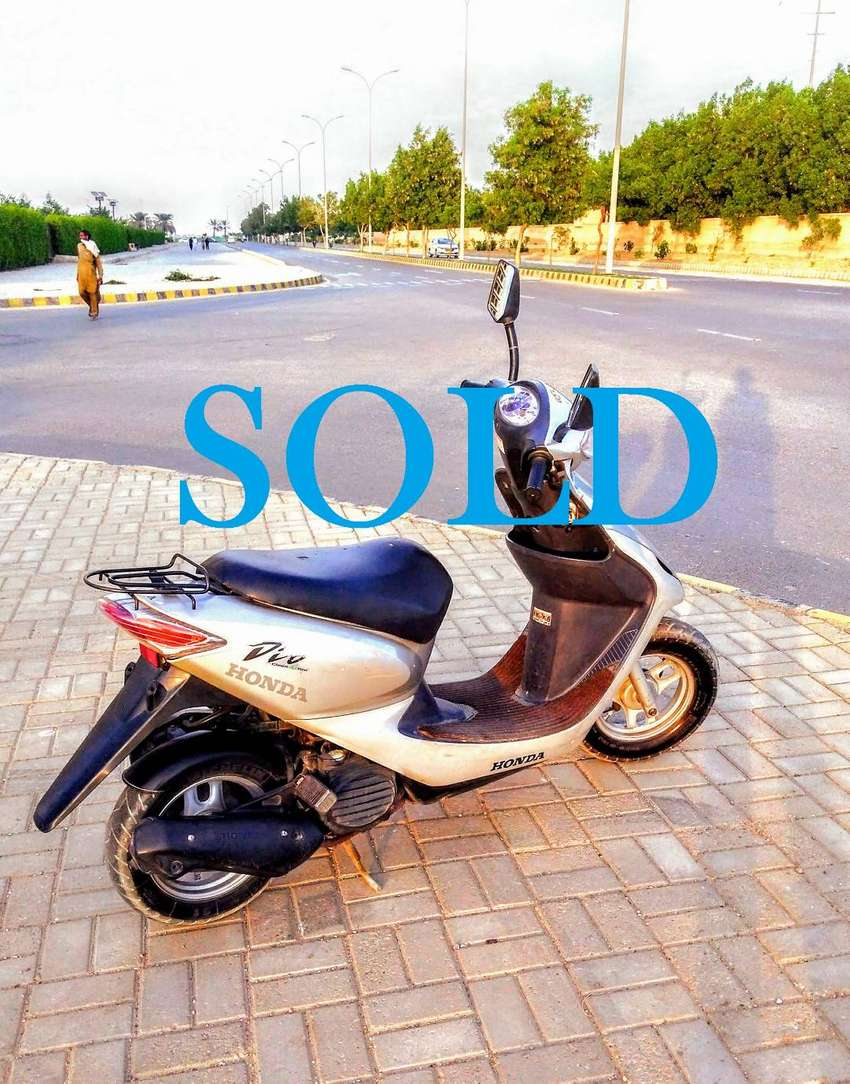 scooty for sale in defence karachi 0