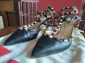 Valentino Rockstud Original Kitten Heels Black Size 39
