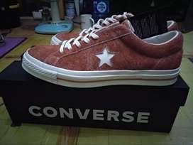 Converse one star suide  New (Baru)