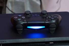PS4 1TB Available At low price Urgent sale 1 month use with 15 Games