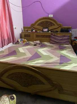 King Size Bed (sheesham wood)