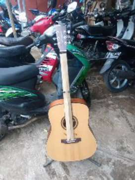 Gitar akustik original Bengawan solo