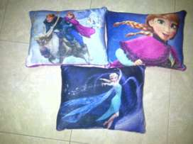 Bantal Karakter Frozen Disney Cushion Pillow