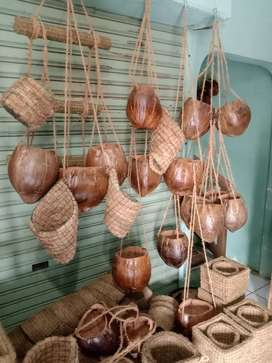 Pot kulit kelapa