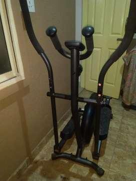 Domyos EL 100 Cross trainer Excercise Cycle(Mint condition)