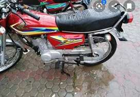 For sale new bike 2019 125 colour red total original with registration