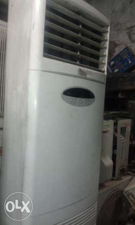 Lg 3 Ton Tower Ac Available,three Phase,excellent condition