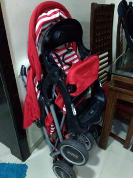 Twin baby stroller of Babyhug brand price should be negotiable