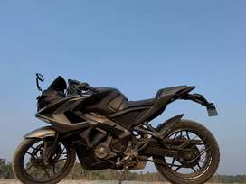 Pulsar rs 200 is in good condition