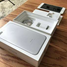 selling 7 plus with full box in amazing condition get it fast