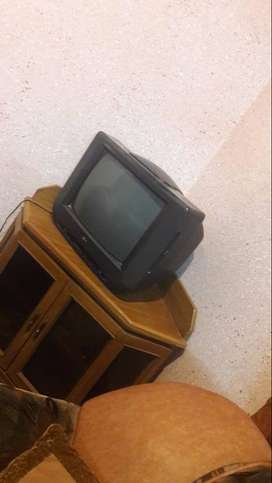 14 inch tv for sale