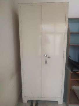 Beeru with lockers