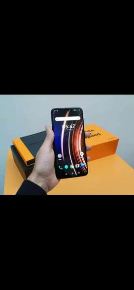 Oneplus 6T McLaren Edition available with genuine bill