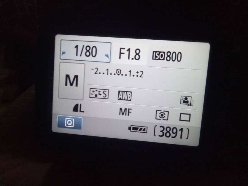 used 550 D urgently selling 0