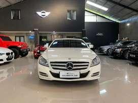 Mercedes Benz CLS 350 AMG line 2012 AT Putih Super Terawat Istimewa