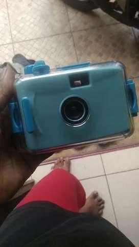 Kamera unik lucu ada tutup bening