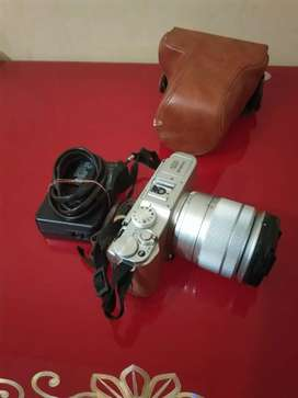 Ready Kamera Mirrorless Fujifilm X-A2 lensa 16-22MM