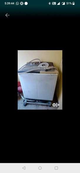Lg 6.5kg semi automatic washing machine