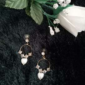 Anting Wanita Earrings Fashion Gold Mas Lingkaran Bulat Perhiasan