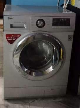 LG 6.5 kg automatic frontloading washing machine